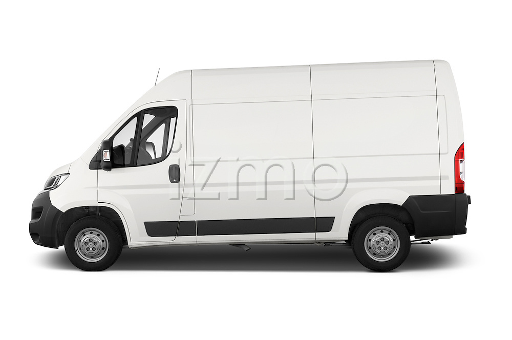 Car Driver side profile view of a 2015 Citroen JUMPER L2H2 5 Door Cargo Van Side View