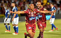 IBAGUE - COLOMBIA, 21-04-2018: Angelo Rodriguez (Izq.), jugador de Deportes Tolima celebra el gol anotado a Millonarios, durante partido entre Deportes Tolima y Millonarios de la fecha 17 de la Liga Aguila I 2018, jugado en el estadio Manuel Murillo Toro de la ciudad de Ibague. / Angelo Rodriguez (L), player of Deportes Tolima celebrates a scored goal to Millonarios, during a match between Deportes Tolima and Millonarios of the 17th date for the Aguila League I 2018,  played at Manuel Murillo Toro stadium in Ibague city. Photo: VizzorImage / Juan Carlos Escobar / Cont.