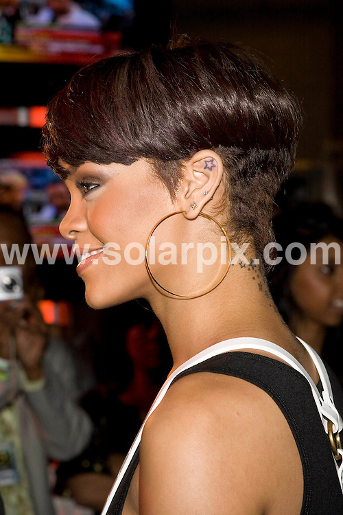 **ALL ROUND PICTURES FROM SOLARPIX.COM**.**SYNDICATION RIGHTS FOR UK, SPAIN, PORTUGAL, AUSTRALIA, S.AFRICA & DUBAI (U.A.E) ONLY**.The 19th Annual MuchMusic Video Awards at the Chum/City Building, Toronto,  Canada. 15th June 2008..This pic: Rihanna..JOB REF: 6662 PHZ/Robin Wong    DATE: 15_06_2008.**MUST CREDIT SOLARPIX.COM OR DOUBLE FEE WILL BE CHARGED* *UNDER NO CIRCUMSTANCES IS THIS IMAGE TO BE REPRODUCED FOR ANY ONLINE EDITION WITHOUT PRIOR PERMISSION*