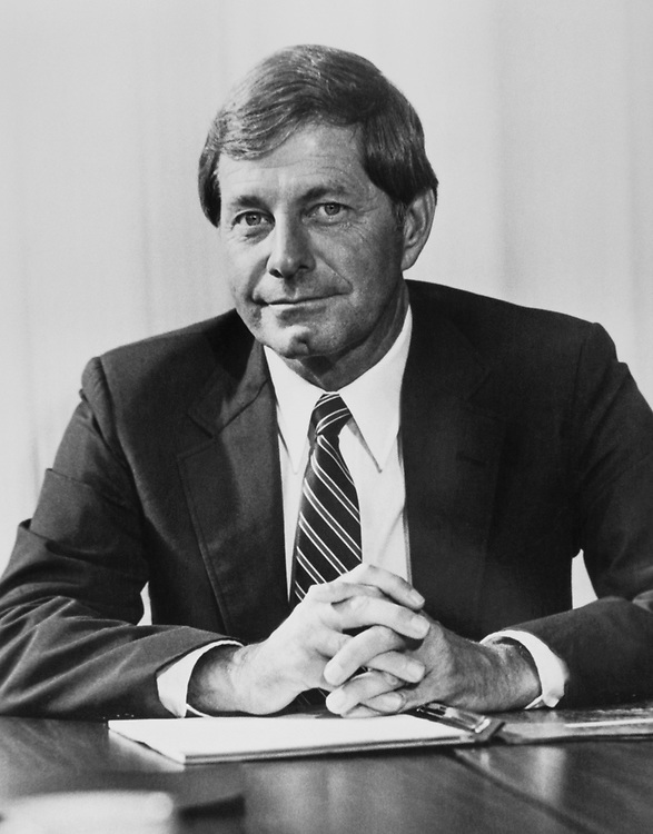 Sen. Mack Mattingly, R-Ga., in his office in 1983. (Photo by CQ Roll Call)
