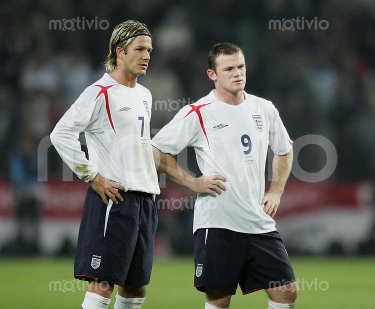 Fussball International Testspiel England 3-2 Argentinien David Beckham (ENG,li) und Wayane Rooney (ENG)