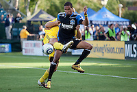Ryan Johnson (front) battles for the ball against Chad Marshall. The San Jose Earthquakes tied the Columbus Crew 2-2 at Buck Shaw Stadium in Santa Clara, California on June 2nd, 2010.