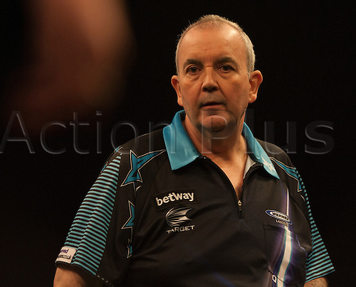 07.04.2016. The Sheffield Arena, Sheffield, England. Betway PDC Premier League Darts. Night 10.  Phil Taylor [ENG] in action against Gary Anderson [SCO]