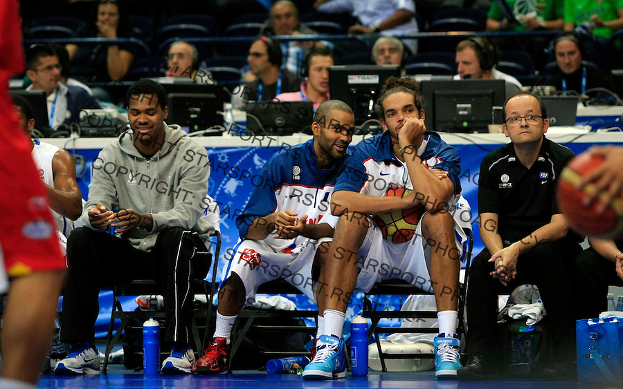 French national basketball team players Tony Parker and Joakim Noah during round 2, group E, basketball game between France and Spain in Vilnius, Lithuania, Eurobasket 2011, Sunday, September 11, 2011. (photo: Pedja Milosavljevic)