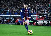 4th November 2017, Camp Nou, Barcelona, Spain; La Liga football, Barcelona versus Sevilla; Gerard Deulofeu FC Barcelona drives up the wing with the ball
