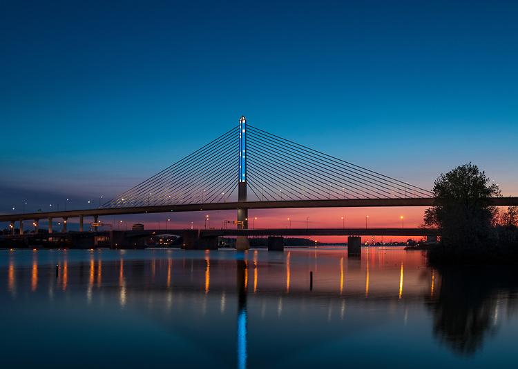 Snowfall | | Toledo Veteran's Glass City Skyway Bridge | HLB Lighting