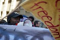 """Anlaesslich der geplanten Abschiebung eines Sprechers des """"Refugee Camp"""" in Berlin durch bayerische Behoerden protestierten am Montag den 4. Maerz 2013 Fluechtlinge und Unterstuetzer vor der Bayerischen Landesvertretung in Berlin. Anschliessend zogen sie mit einem Demonstrationszug zum Fluechtlingscamp in Berlin Kreuzberg.<br />Die Abschiebung des Fluechtlings Patras Bwansi soll eine """"abschreckende Wirkung"""" haben, so die bayerischen Behoerden.<br />4.3.2013, Berlin<br />Copyright: Christian-Ditsch.de<br />[Inhaltsveraendernde Manipulation des Fotos nur nach ausdruecklicher Genehmigung des Fotografen. Vereinbarungen ueber Abtretung von Persoenlichkeitsrechten/Model Release der abgebildeten Person/Personen liegen nicht vor. NO MODEL RELEASE! Don't publish without copyright Christian-Ditsch.de, Veroeffentlichung nur mit Fotografennennung, sowie gegen Honorar, MwSt. und Beleg. Konto:, I N G - D i B a, IBAN DE58500105175400192269, BIC INGDDEFFXXX, Kontakt: post@christian-ditsch.de<br />Urhebervermerk wird gemaess Paragraph 13 UHG verlangt.]"""