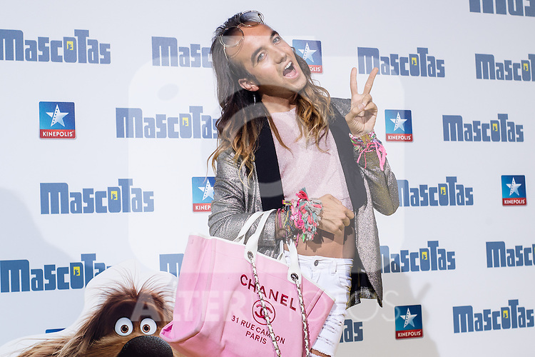 Spanish influencer Aless Gibaja during the premiere of  Mascotas at Kinepolis cinema in Madrid. July 21, 2016. (ALTERPHOTOS/Rodrigo Jimenez)