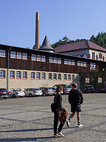 Werkshof vor Schmiede und Kraftzentrale, Rammelsberg, Museum und Besucherbergwerk, Goslar, Niedersachsen, Deutschland, Europa, UNESCO-Weltkulturerbe<br /> Yard, smithery and powerhouse, Rammelsberg - Museum and show mine, Goslar, Lower Saxony,, Germany, Europe, UNESCO Heritage Site