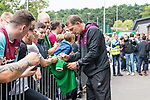 29.07.2017, Heinz-Dettmer-Stadion, Lohne, GER, FSP, SV Werder Bremen vs West Ham United<br /> <br /> im Bild<br /> Slaven Bilic (West Ham Trainer / Head Coach) gibt Autogramme, unterschreibt ein Werder Trikot / Slaven Bilic (West Ham Trainer / Head Coach) signing autographs, signing a Werder Bremen jersey, <br /> <br /> <br /> Foto © nordphoto / Ewert