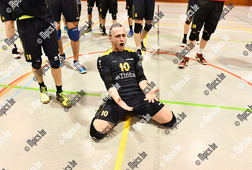 2017-03-30 / Volleybal / Seizoen 2016-2017 / Helvoc - Mortsel / Hellvoc kampioen / N Van Sande viert<br /> <br /> ,Foto: Mpics.be