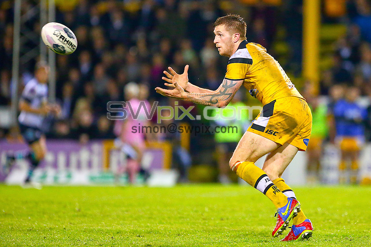 Picture by Alex Whitehead/SWpix.com - 08/05/2014 - Rugby League - First Utility Super League - Castleford Tigers v Leeds Rhinos - the Mend A Hose Jungle, Castleford, England - Castleford's Marc Sneyd.