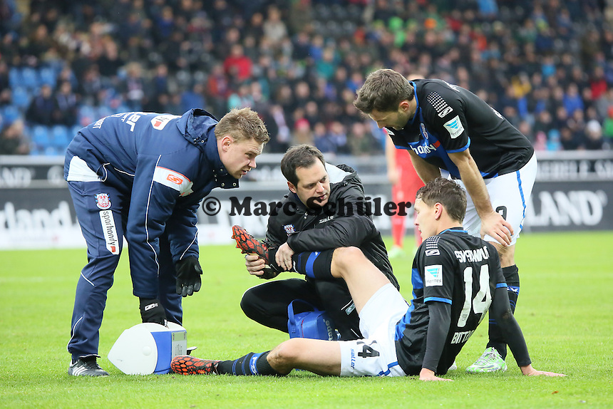 Alexander Bittroff (FSV) ist verletzt  - FSV Frankfurt vs. Fortuna Düsseldorf, Frankfurter Volksbank Stadion