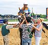 Kaiser's d'Light winning at Delaware Park on 8/25/16