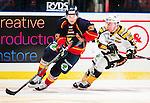 ***BETALBILD***  <br /> Stockholm 2015-09-19 Ishockey SHL Djurg&aring;rdens IF - Skellefte&aring; AIK :  <br /> Djurg&aring;rdens Linus Hultstr&ouml;m i kamp om pucken med Skellefte&aring;s John Norman under matchen mellan Djurg&aring;rdens IF och Skellefte&aring; AIK <br /> (Foto: Kenta J&ouml;nsson) Nyckelord:  Ishockey Hockey SHL Hovet Johanneshovs Isstadion Djurg&aring;rden DIF Skellefte&aring; SAIK