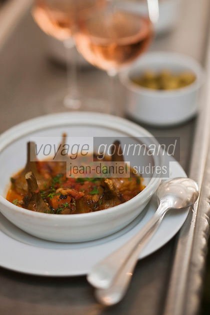 Europe/France/Provence -Alpes-Cote d'Azur/83/Var/Saint-Tropez: Artichauts barigoule, recette de Christophe Leroy - Restaurant: Chez Fuchs