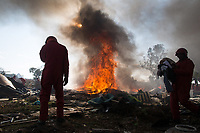 The Red Ants evict residents and destroy an informal settlement near Pomona. <br />
