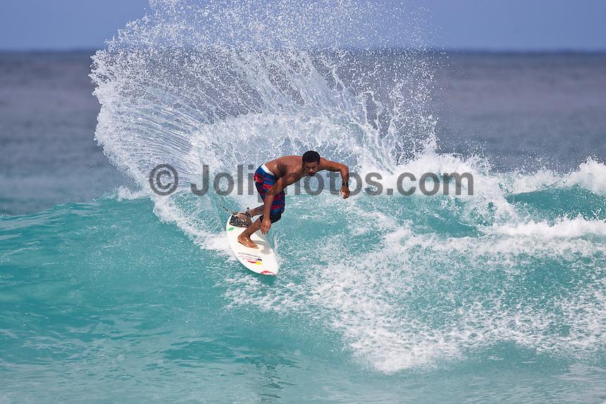 Wiggolly Dantas (BRA) surfing Gums on the North Shore, Haleiwa, Oahu, Hawaii..Photo: Joliphotos.com