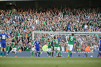 Crowd celebrate Robbie 2nd goal on the night