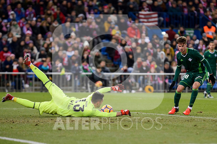 Real Betis's Antonio Adan during La Liga match between Atletico de Madrid and Real Betis at Vicente Calderon Stadium in Madrid, Spain. January 14, 2017. (ALTERPHOTOS/BorjaB.Hojas)