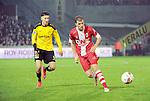 2015-10-30 / Voetbal / seizoen 2015-2016 / SK Lierse - R. Antwerp FC / Ayyoub Allach met Geoffry HAiremans (r. Antwerp)<br /><br />Foto: Mpics.be