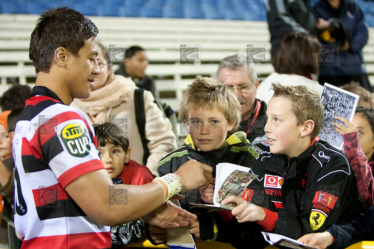 Tim Nanai Williams signs auotgraphs for fans after the game. ITM Cup rugby game between Counties Manukau and Manawatu played at Bayer Growers Stadium on Saturday August 21st 2010..Counties Manukau won 35 - 14 after leading 14 - 7 at halftime.