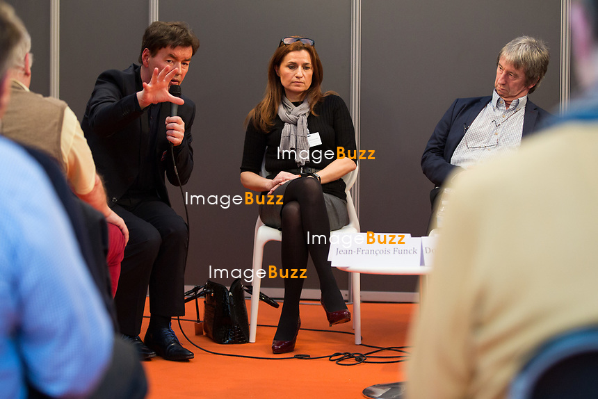 EXCLUSIF : Foire du livre de Bruxelles : Conf&eacute;rence : &quot;Comment r&eacute;enchanter la Justice&quot; - Avec Bernard Wesphael, Alessandra d'Angelo et Jean-Fran&ccedil;ois Funck, magistrat - Mod&eacute;rateur : Dominique Demoulin.<br /> Belgique, Bruxelles, 9 mars 2017.<br /> Pic :  Bernard Wesphael, Alessandra d'Angelo, Jean-Fran&ccedil;ois Funck