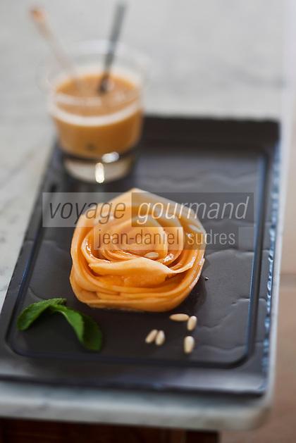 Europe/France/Provence-Alpes-Côte d'Azur/84/Vaucluse/Lubéron/Cavaillon: Rosace de Melon de Cavaillon et son smoothie,  recette de Jean-Jacques Prévôt, restaurant: Prévôt