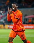 Nederland, Rotterdam, 15 oktober 2012.Interland.Jong Oranje-Jong Slowakije.Georginio Wijnaldum van Jong Oranje juicht nadat hij een doelpunt heeft gemaakt