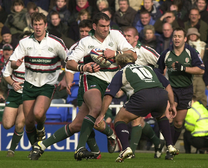 Photo. © Peter Spurrier/Richard Lane Photography.21/02/2004  -  Zurich Premiership, London Irish v Leicester Tigers.Martin Johnson running with the ball.