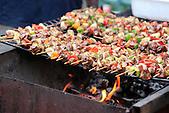 Grillade de brochettes lors d'une foire, Nouvelle-Calédonie
