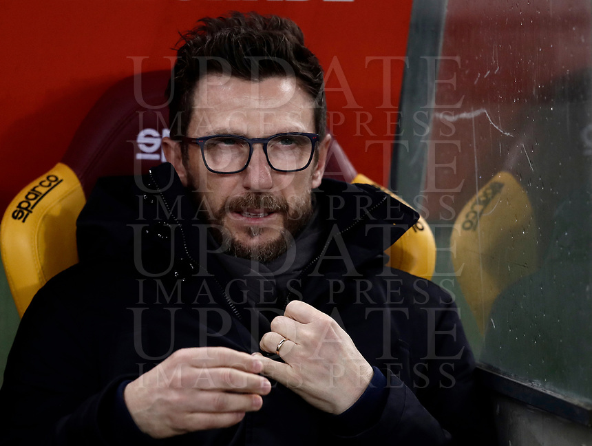 Calcio, Serie A: AS Roma vs Cagliari, Roma, stadio Olimpico, 16 dicembre 2017.<br /> AS Roma's coach Eusebio Di Francesco waits for the start of the Italian Serie A football match between AS Roma and Cagliari at Rome's Olympic stadium, December 16, 2017.<br /> UPDATE IMAGES PRESS/Isabella Bonotto