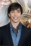 "HOLLYWOOD, CA. - May 12: Justin Long  arrives at the premiere of Universal Pictures' ""Drag Me To Hell"" at Grauman's Chinese Theatre on May 12, 2009 in Hollywood, California."