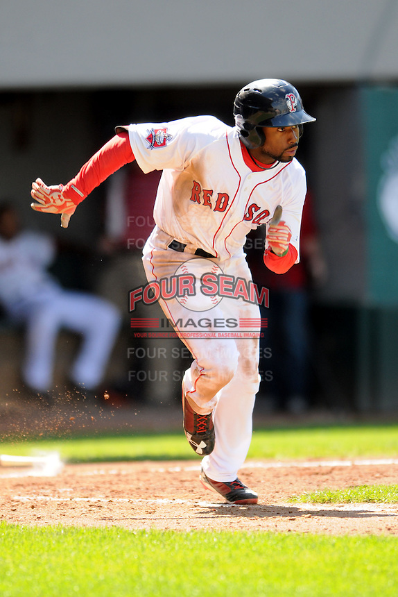 Pawtucket Red Sox designated hitter Jackie Bradley Jr. #19 during a game versus the Louisville Bats at McCoy Stadium in Pawtucket, Rhode Island on August 14, 2013.  (Ken Babbitt/Four Seam Images)