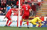 03.03.2019 Aberdeen v Rangers: Allan McGregor saves