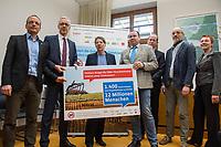 2018/02/27 Berlin | Unterschriften gegen Einsatz von Guelle in der Landwirtschaft