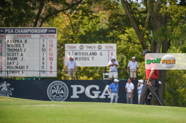 Tiger Woods (USA) approaches the green on 9 during 4th round of the 100th PGA Championship at Bellerive Country Club, St. Louis, Missouri. 8/12/2018.<br /> Picture: Golffile | Ken Murray<br /> <br /> All photo usage must carry mandatory copyright credit (© Golffile | Ken Murray)