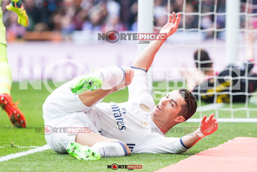 Cristiano Ronaldo of Real Madrid reacts during the match of La Liga between Real Madrid and RCE Espanyol at Santiago Bernabeu  Stadium  in Madrid , Spain. February 18, 2016. (ALTERPHOTOS/Rodrigo Jimenez) /Nortephoto.com