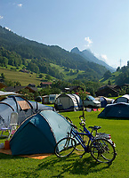 CHE, SCHWEIZ, Kanton Bern, Berner Oberland, Wyler (Wiler) im Gadmental: Campingplatz am Morgen - noch schlaeft alles | CHE, Switzerland, Bern Canton, Bernese Oberland, Wyler (Wiler) at Gadmen Valley: Campground