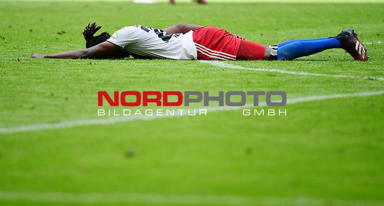 Verletzung, Gideon Jung (HSV)<br />Hamburg, 28.06.2020, Fussball 2. Bundesliga, Hamburger SV - SV Sandhausen