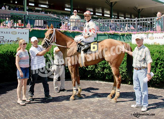 Sachicomula winning at Delaware Park racetrack on 6/28/14