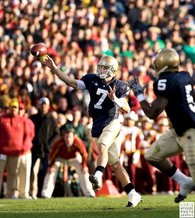 10/17/09 - South Bend, IN:  Notre Dame quarterback Jimmy Clausen throws a pass during their game against USC at Notre Dame Stadium on Saturday.  USC won the game 34-27 to extend its win streak over Notre Dame to 8 games.  Photo by Christopher McGuire.