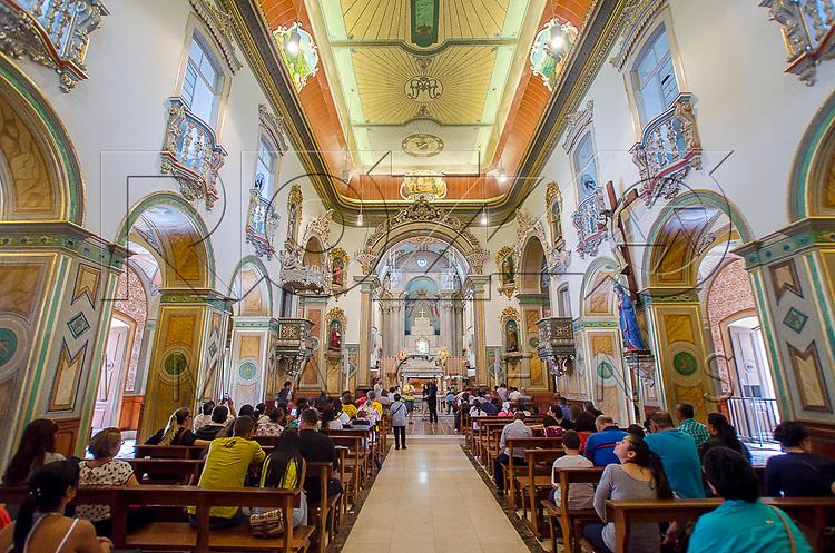 Interior da Matriz Basílica de Nossa Senhora Aparecida de 1888, Aparecida - SP, 10/2016.