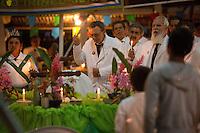 """Padrinho Alfredo Gregório, 66 anos, filho do Padrinho Sebastiao e hoje um dos principais líderes espirituais, o Santo Daime """"tem propriedades enteogênicas e produz uma expansão de consciência responsável pela experiência de contato com o plano espiritual, através do encontro interior com o nosso Eu Verdadeiro"""".<br /> <br /> <br /> O Santo Daime, bebida sagrada para a doutrina, encontra suas origens nas populações indígenas da Amazônia ocidental, iniciando como movimento doutrinário nas primeiras décadas do século XX, por meio do trabalho espiritual do seu fundador, o maranhense e neto de escravos Raimundo Irineu Serra. Segundo os registros, ao Mestre Irineu foi revelada uma doutrina de cunho cristão e eclético, reunindo tradições católicas, espíritas, esotéricas, caboclas e indígenas em torno do uso ritual do milenar chá conhecido pelos povos Incas como ayahuasca - vinho das almas - e por ele denominado Santo Daime"""". <br /> Acre, Brasil<br /> Foto Eraldo Peres/Photoagência/Acervo H<br /> 2016<br /> <br /> Vila Céu do Mapiá<br /> A vila Céu do Mapiá, fundada 1983, está situada nas cabeceiras do igarapé Mapiá, distando 30 km do Rio Purus, numa das áreas mais preservadas da Amazônia ocidental brasileira. Só é acessível por meio fluvial, descendo o Rio Purus e depois subindo o igarapé Mapiá por no mínimo seis horas. Nos primeiros tempos a subida do igarapé por canoa podia levar mais de um dia, dificultada pela grande quantidade de troncos caídos sobre se leito, devido à décadas de completo abandono."""