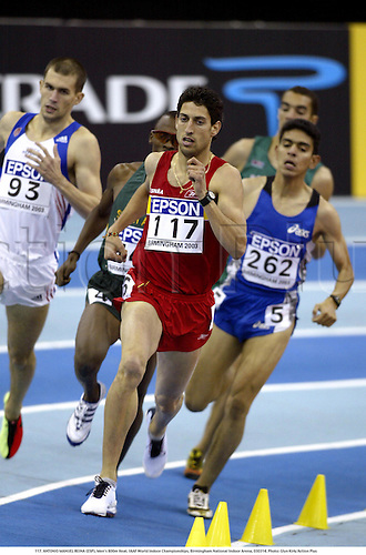 117. ANTONIO MANUEL REINA (ESP), Men's 800m Heat. IAAF World Indoor Championships, Birmingham National Indoor Arena, 030314. Photo: Glyn Kirk/Action Plus...2003.athletics track and field athlete athletes man men distance