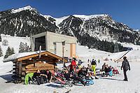 Bergstation Seealpe auf dem Nebelhorn bei Oberstdorf im Allg&auml;u, Bayern, Deutschland<br /> Hillstation Seealpe,  Mt.Nebelhorn near Oberstdorf, Allg&auml;u, Bavaria, Germany