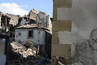 Torrita, Amatrice, 26 Agosto 2016.<br /> Edifici crollati a Torrita, frazione di Amatrice. <br /> L'Italia &egrave; stata colpita da un potente, terremoto di 6,2 magnitudo nella notte del 24 agosto, 2016, che ha ucciso almeno 290 persone .<br /> Collapsed buildings  in Torrita,a hamlet of Amatrice , earthquake in central Italy was struck by a powerful, 6.2-magnitude earthquake in the night of August 24, 2016, Which has killed at least 290 people and devastated hundreds of houses.