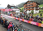 Race leader Maglia Rosa Simon Yates (GBR) Mitchelton-Scott wins Stage 15 of the 2018 Giro d'Italia, running 156km from Tolmezzo to Sappada, Italy. 20th May 2018.<br /> Picture: LaPresse/Massimo Paolone | Cyclefile<br /> <br /> <br /> All photos usage must carry mandatory copyright credit (&copy; Cyclefile | LaPresse/Massimo Paolone)