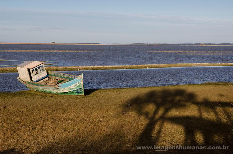 Colônia de pescadores Z16 - Lagoa Mirim. Comunidade do Porto, em Santa Vitória do Palmar, no Rio Grande do Sul.
