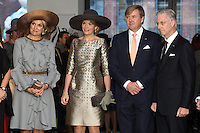 Le roi Philippe de Belgique et la reine Mathilde de Belgique en visite d'&eacute;tat aux Pays-Bas, lors d'une visite &agrave; la maison de la culture avec le roi Willem-Alexander des Pays-Bas et la reine Maxima des Pays-Bas .<br /> Pays-Bas, Amsterdam, 28 novembre 2016.<br /> King Philippe of Belgium and Queen Mathilde of Belgium on a State Visit to The Netherlands, during a visit to the Flemish Culture House &ldquo;de Brakke Grond&rdquo; with King Willem-Alexander of The Netherlands and Queen Maxima of The Netherlands.<br /> Netherlands, Amsterdam, 28 November 2016.
